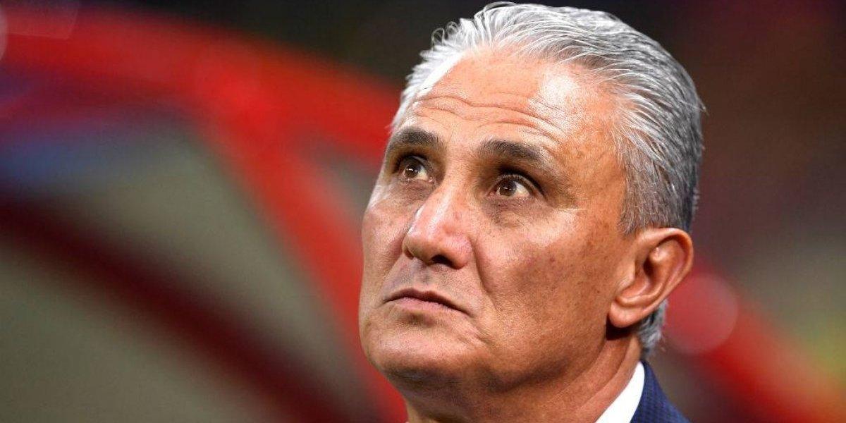 Con los ojos vidriosos: Tite alabó a Courtois y puso en duda su continuidad en Brasil