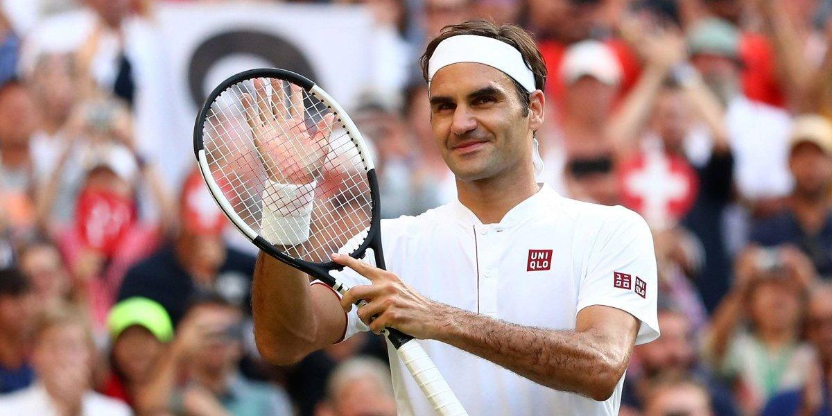 Federer las hace todas: dio cátedra de nuevo, bate récord de Connors y pide jugar con colores en Wimbledon