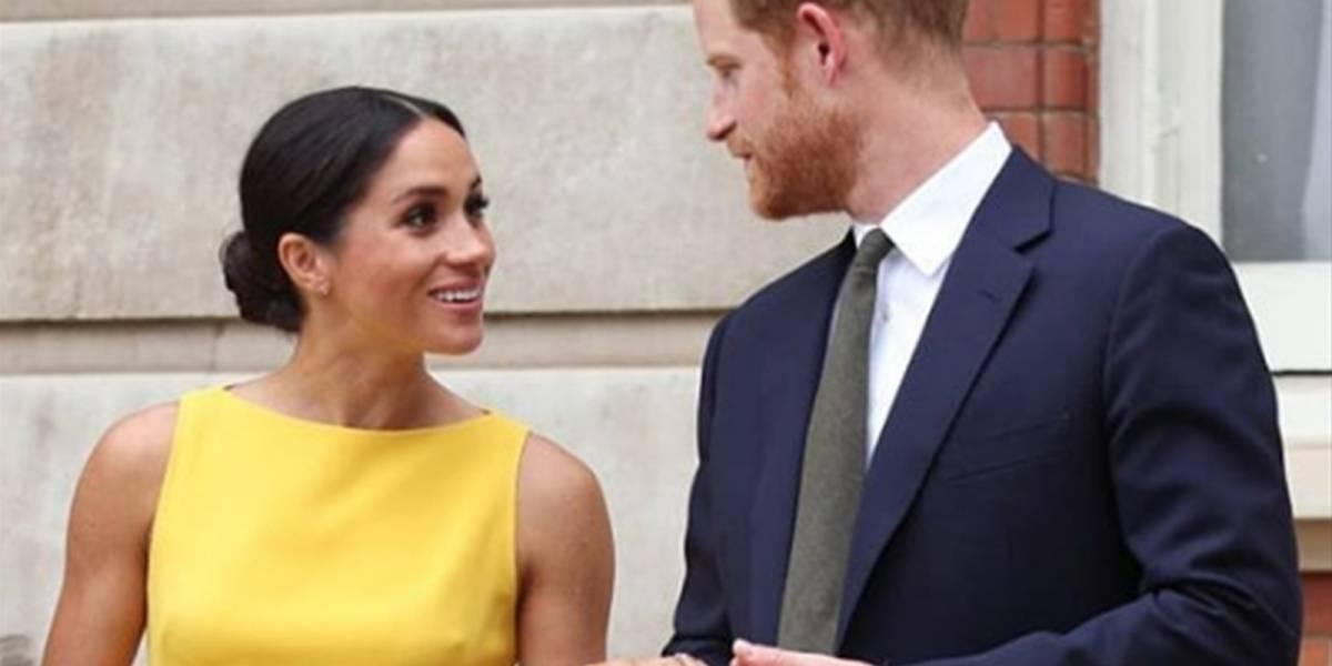 La verdadera razón por la que el príncipe Harry no tomó la mano de Meghan
