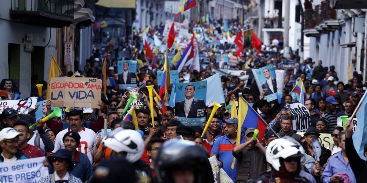 VIDEO: Periodistas fueron agredidos durante cobertura de marcha a favor de Rafael Correa
