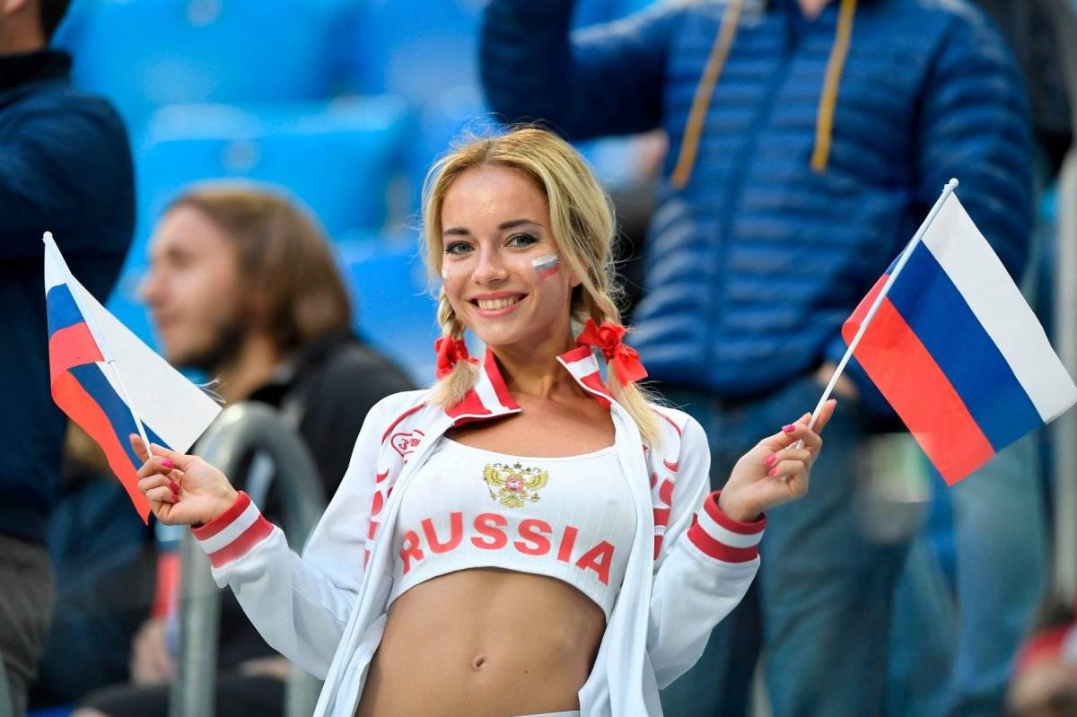 Rusia 2018: La fanática rusa más sexy hizo una osada promesa Getty