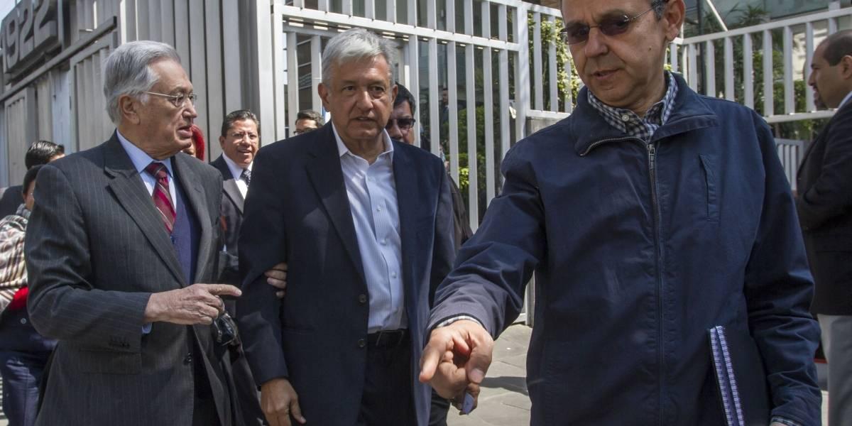 """César Yáñez, el """"ángel de la guarda"""" de AMLO en su camino presidencial"""