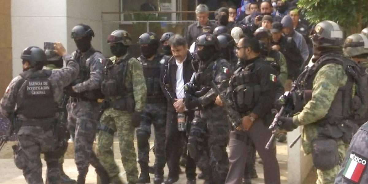"""México extradita a EEUU a un """"testigo clave"""" contra """"El Chapo"""" Guzmán"""