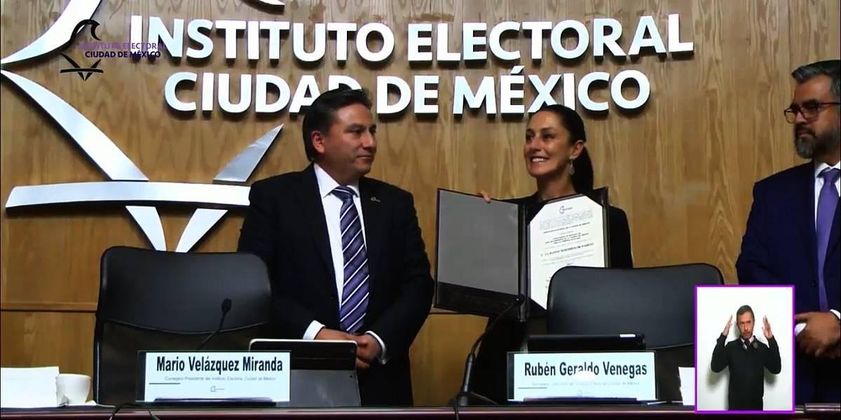 Instituto Electoral capitalino entrega constancia de mayoría a Sheinbaum