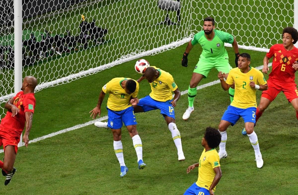 Fernandinho marcó un autogol ante Bélgica