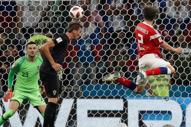 El sólido cabezazo de Fernandes que le daba la paridad en el marcador a Rusia.