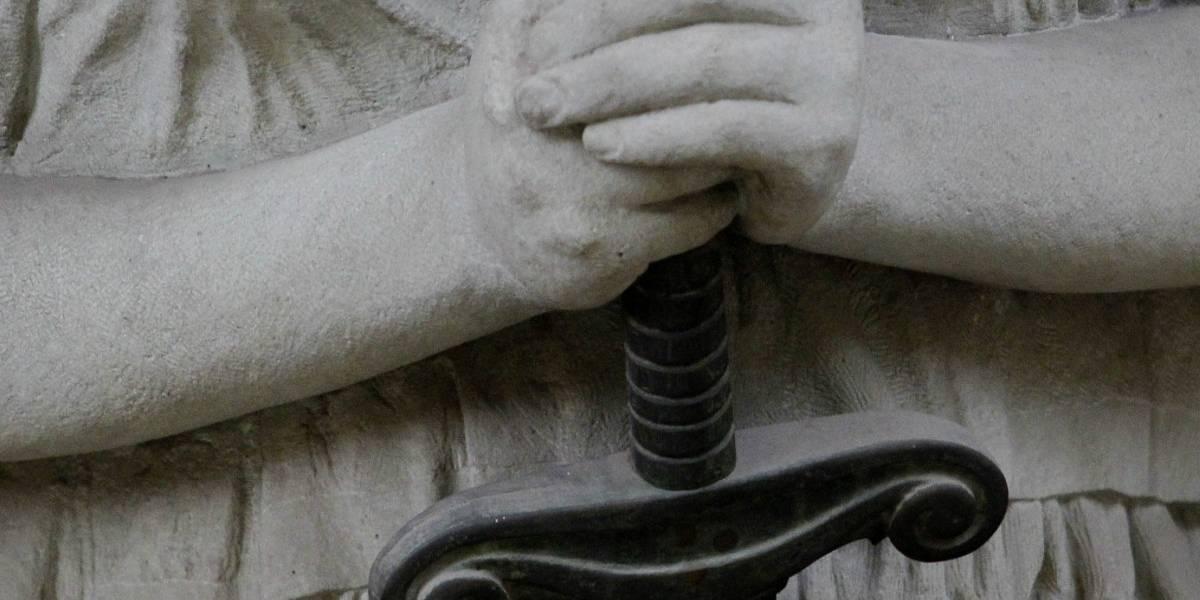 Menor que mató a mujer en bus del Transantiago recibe pena de 10 años