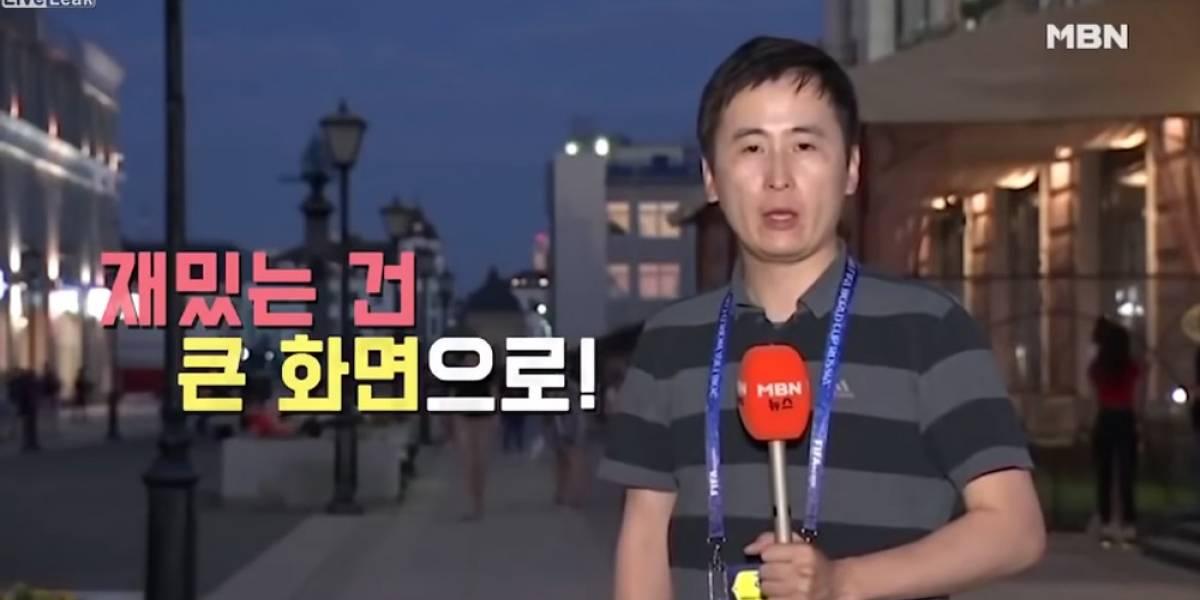 VIDEO. ¡Polémica! Jóvenes rusas besan a un reportero mientras transmitía en vivo