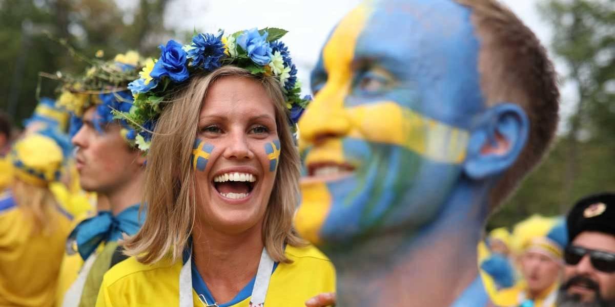 FOTOS: veja imagens da torcida de Suécia x Inglaterra