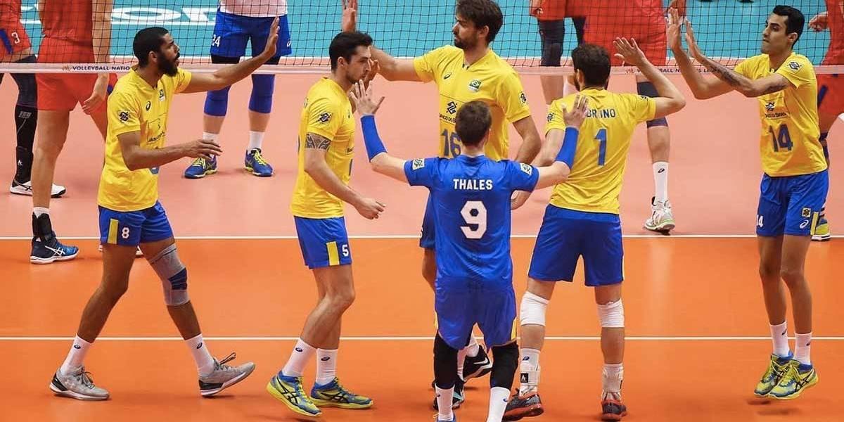 Seleção masculina de vôlei é arrasada pela Rússia na semifinal da Liga das Nações