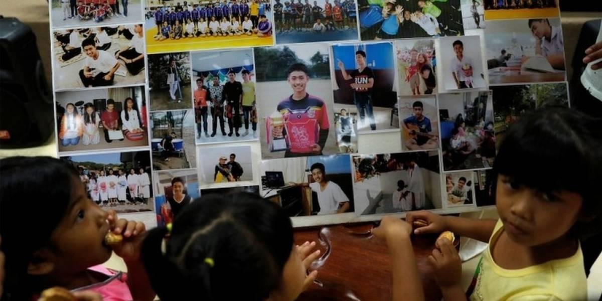 Temendo chuvas, equipe começa resgate de meninos presos em caverna na Tailândia