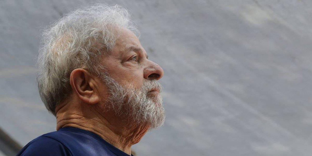 Revocan orden de liberación de Lula da Silva; permanecerá en prisión