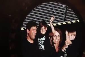 Shakira hace concierto en familia