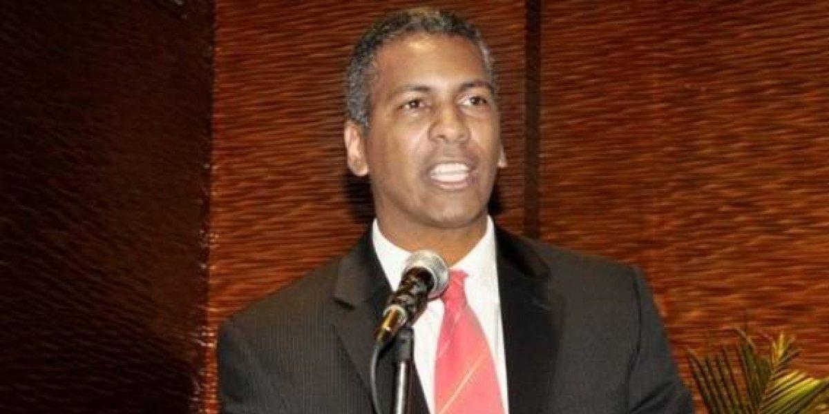 Diputado Martínez respalda preocupaciones de dos ex presidentes JCE sobre tema primarias