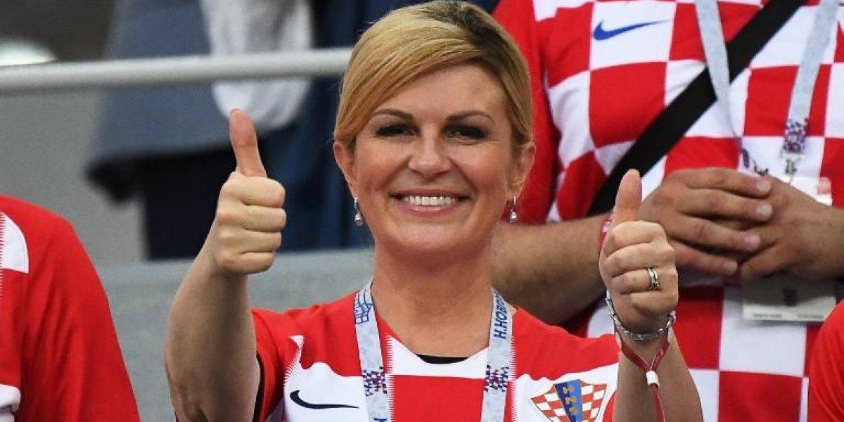 ¿Es la presidenta de Croacia la protagonista de las fotos en bikini en la playa?