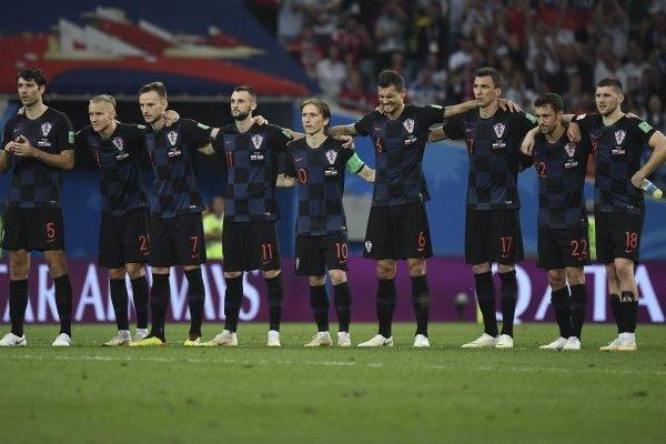 Rakitic y Modric buscan la gloria