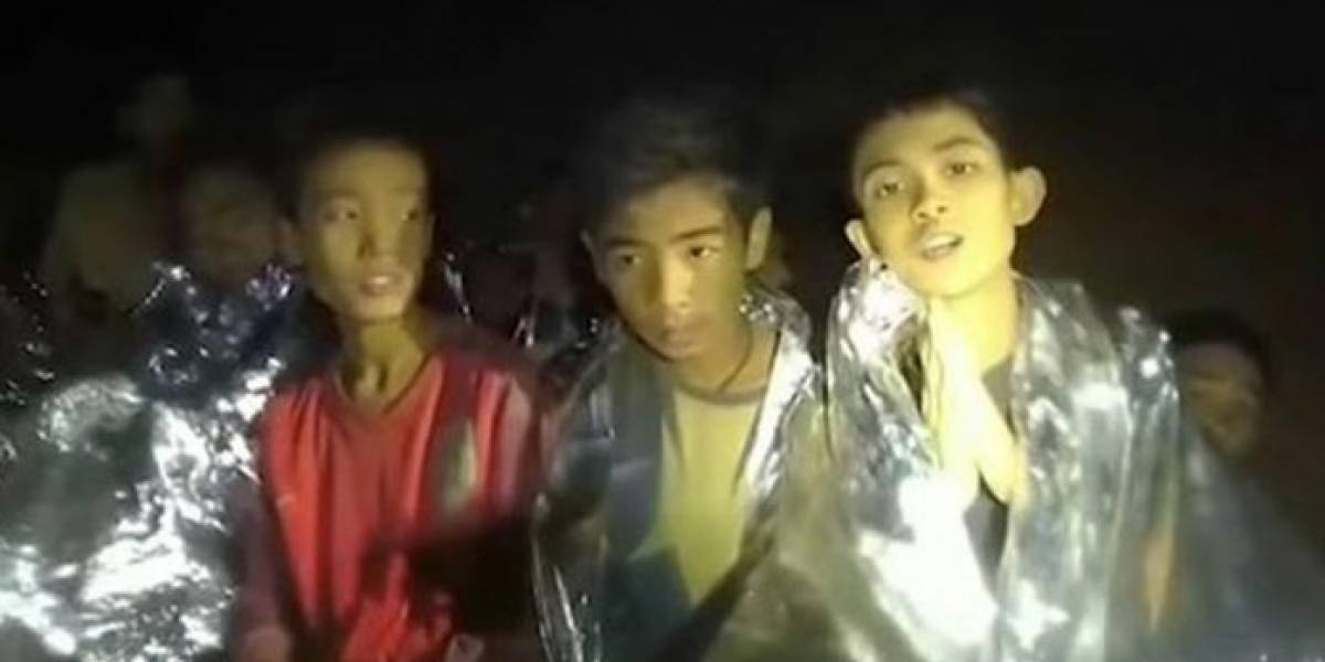 Rescatan a los primeros 6 niños de cueva en Tailandia