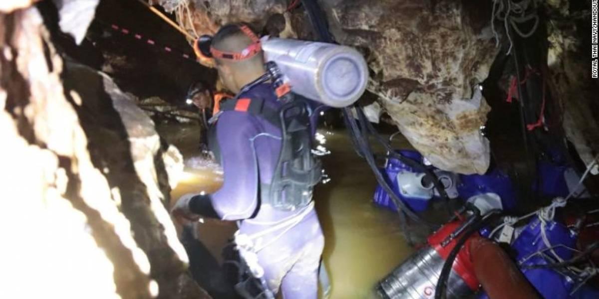 Difunden videos de impresionante rescate de 12 niños atrapados en cueva de Tailandia
