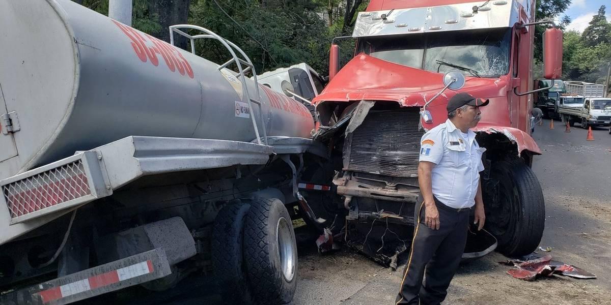 Múltiple colisión afecta ingreso a la Ciudad en ruta al Pacífico