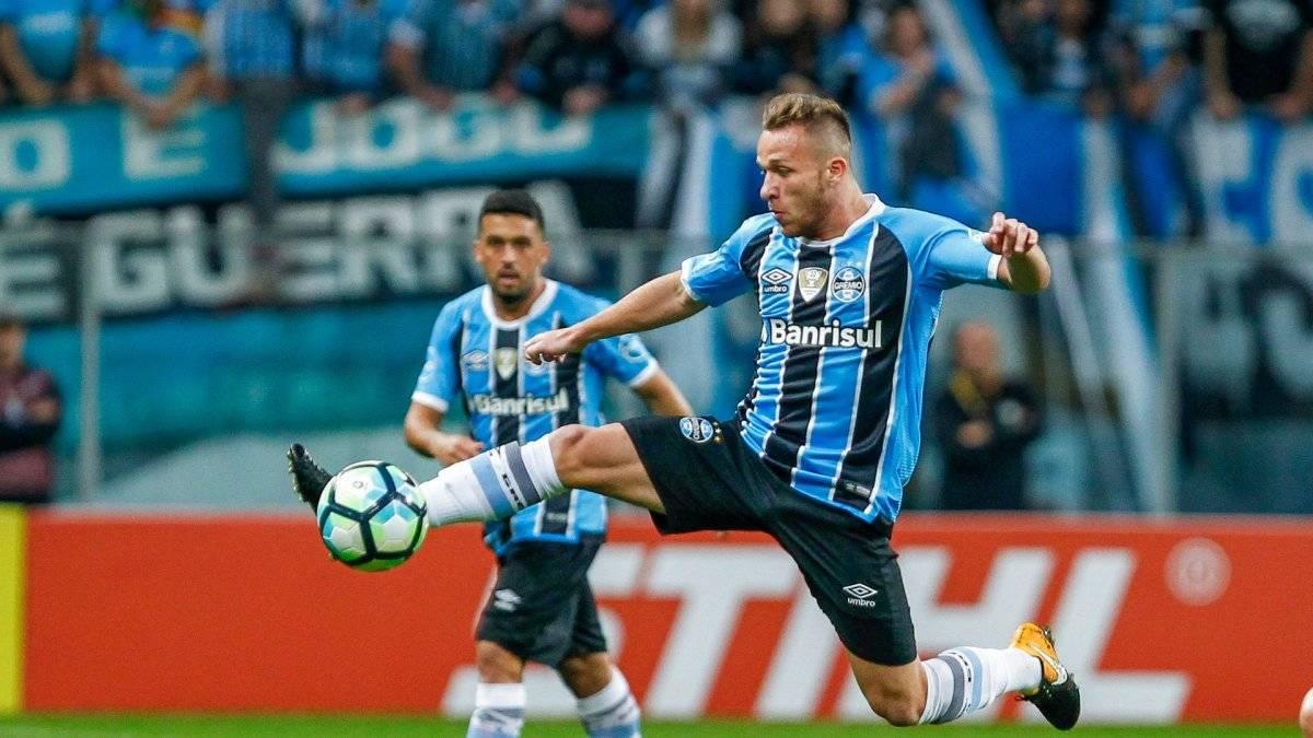 El Barcelona da la bienvenida a su nuevo fichaje, el brasileño Arthur