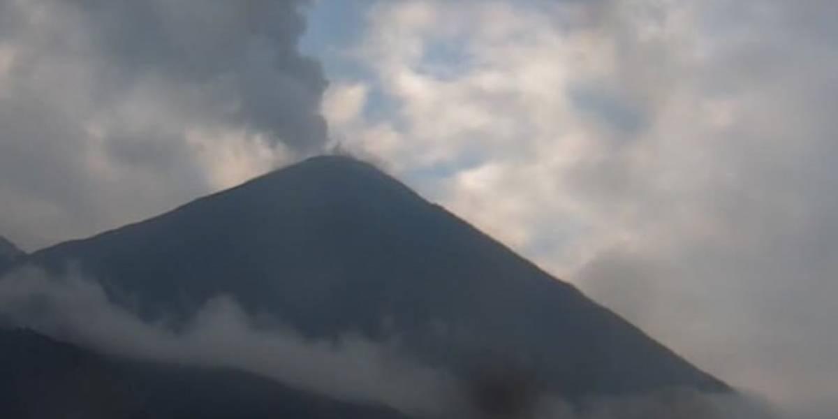 Volcán Reventador: Se reporta descenso de bloques desde el cráter