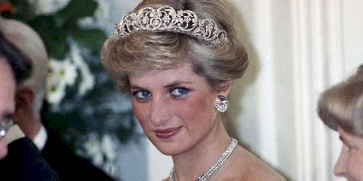 Ex-namorado da princesa Diana quebra silêncio e revela que pediu para ela ter cuidado com entrevista polêmica