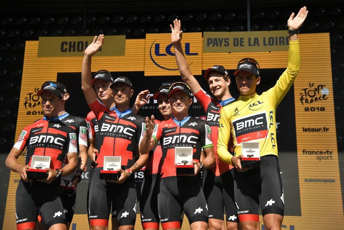 Equipo BMC ganador de la etapa