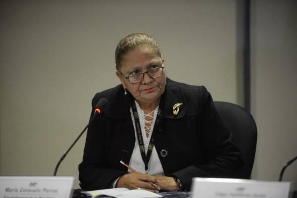 Fiscal general María Consuelo Porras y excanciller Edgar Gutiérrez