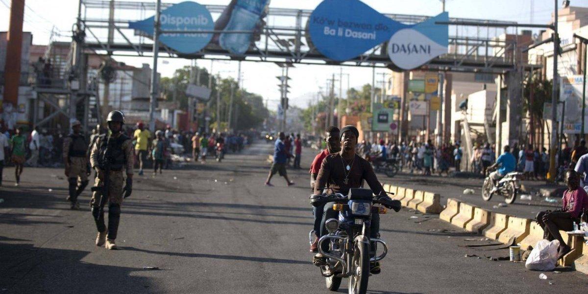 Tensa calma en primer día de huelga general en Haití tras disturbios