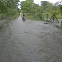 inundacionesizabal4-b8f0ba5f85bb75b14cf170c7660c344d.jpg