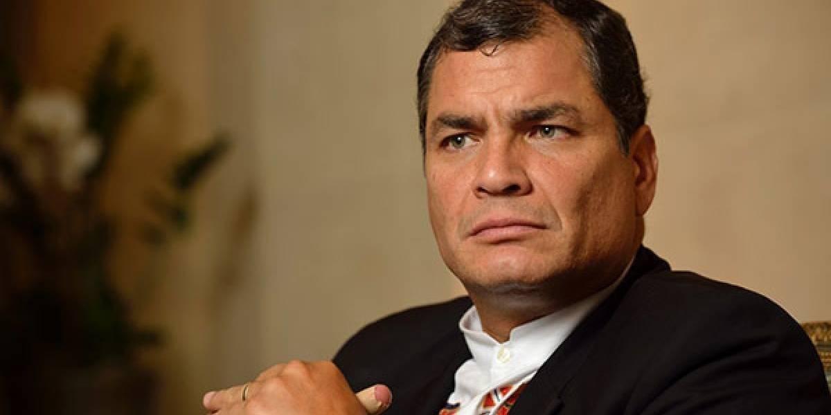 Periodista difunde video donde confronta a Rafael Correa en Bélgica