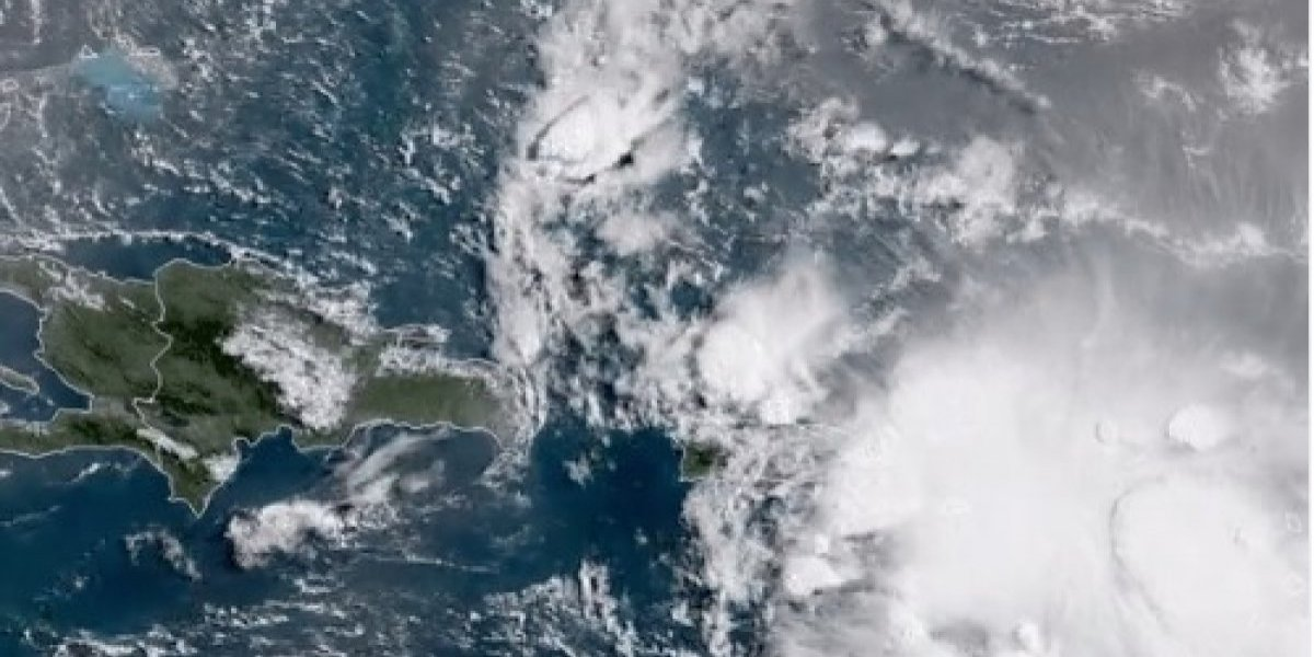 Registran fuertes aguaceros ante cercanía de onda tropical