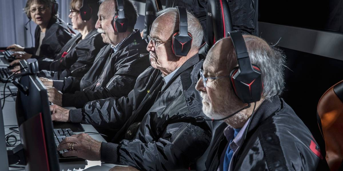Viejitos Gamers Estos Ancianos Son Los Primeros Equipos Senior De