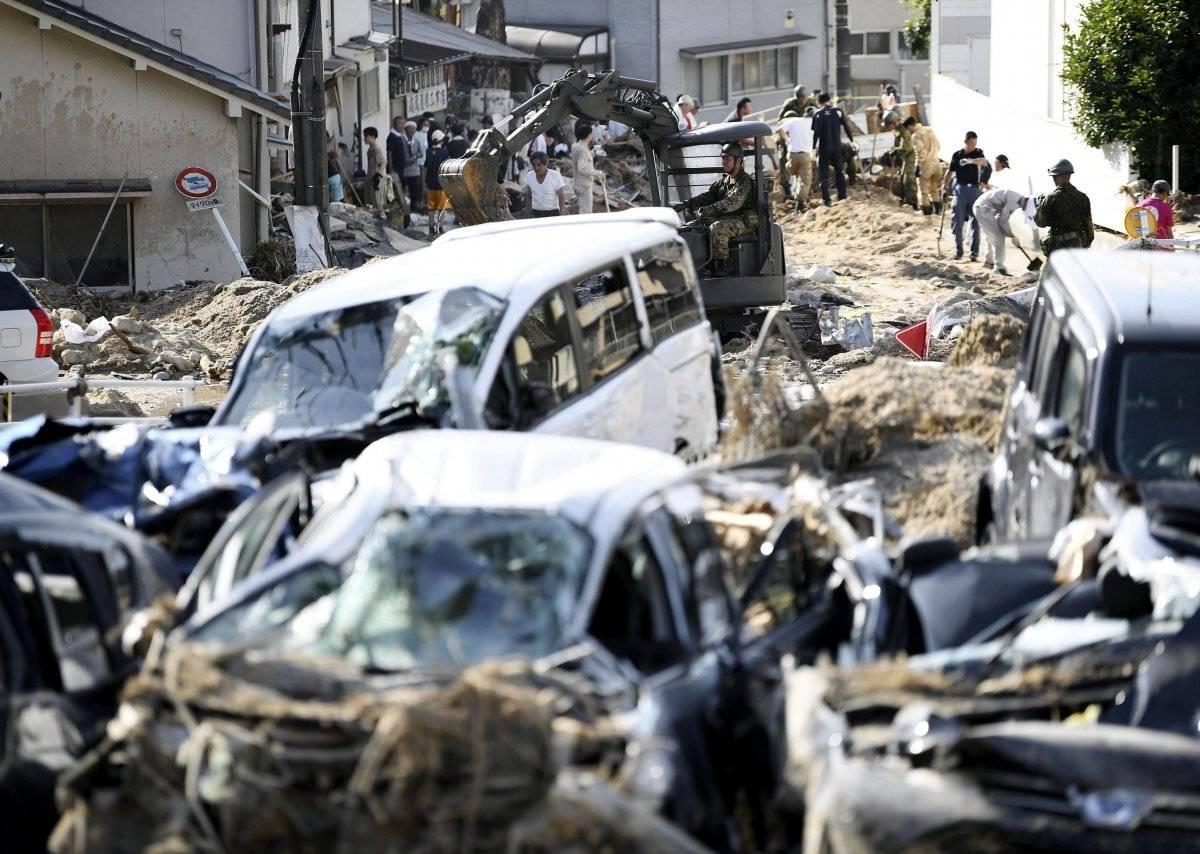 Escombros provocados por las intensas lluvias e inundaciones. Foto: AP