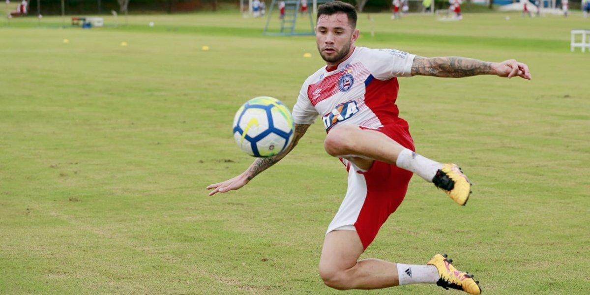 """Racing quiere sí o sí a Eugenio Mena y arremete con nueva oferta al Bahía: """"Esperamos que se pueda concretar"""""""