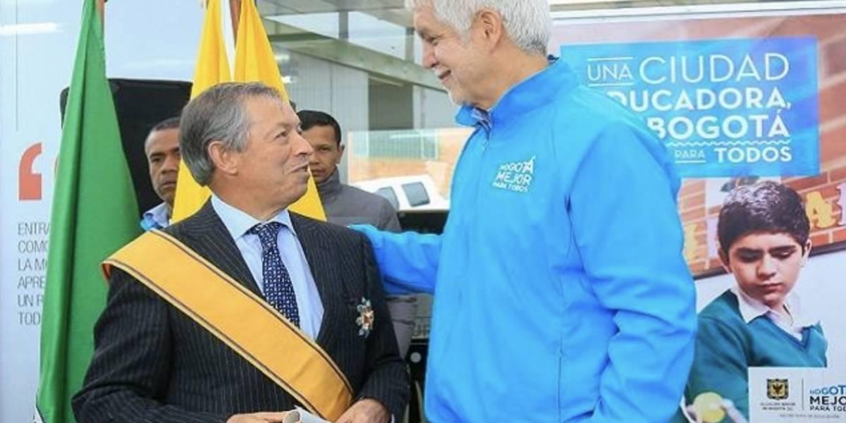 """Telésforo Pedraza, el representante a la Cámara """"quemado"""" en las pasadas elecciones que Peñalosa condecoró"""