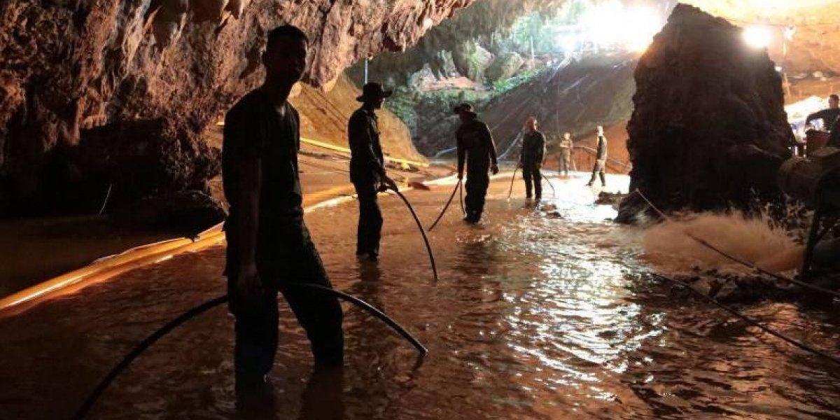 Niños que fueron rescatados de la cueva de Tailandia no podrán asistir a la final de Rusia