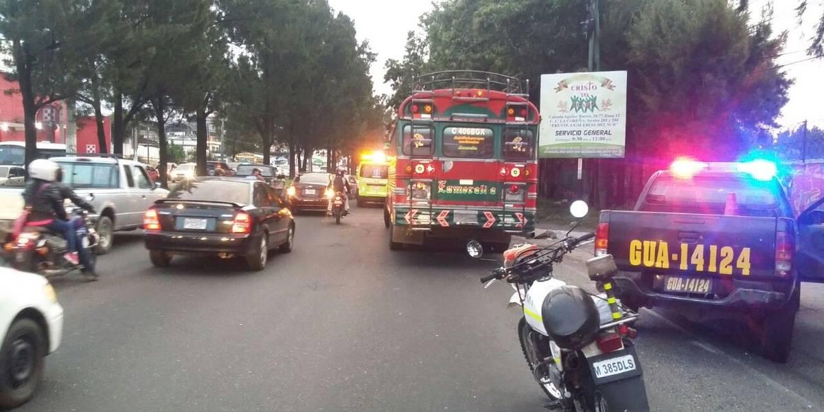 Ataque armado en bus extraurbano complica en tránsito en el ingreso al Cenma