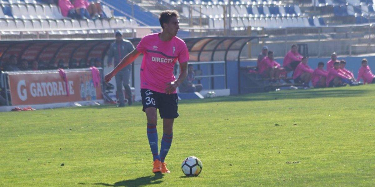 """El """"suramericano"""" Diego Valencia gana bonos en la UC al anotar en amistoso ante La Calera"""