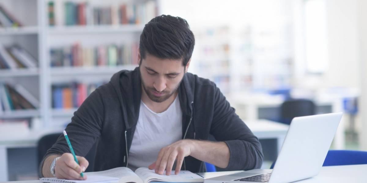 Especializaciones, maestrías y doctorados: ¿cuál es la mejor opción para usted?