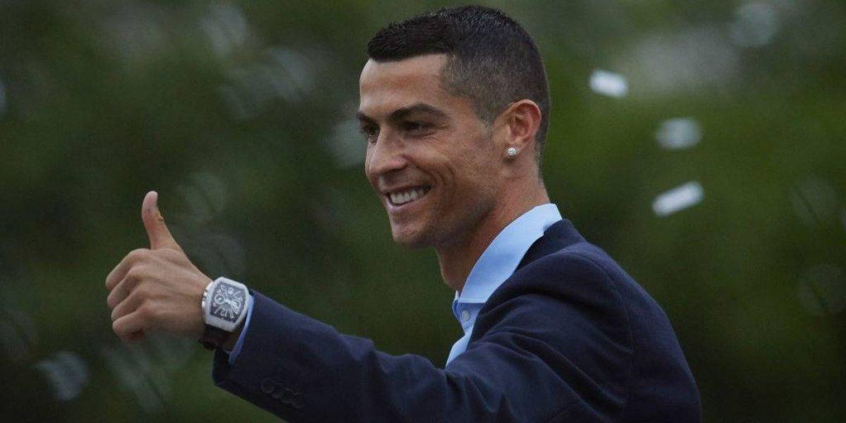 Cristiano Ronaldo celebró su fichaje en Juventus brindando con su nuevo jefe