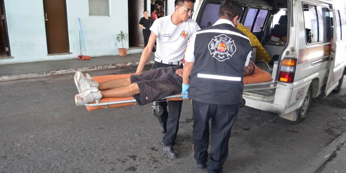 Intentaron salvarle la vida a joven llevándolo en tuc tuc a estación de los bomberos