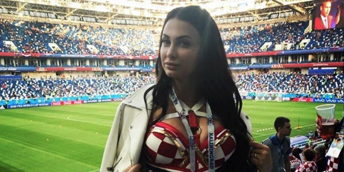 """La mujer del croata Domagoj Vida es una """"bomba"""""""