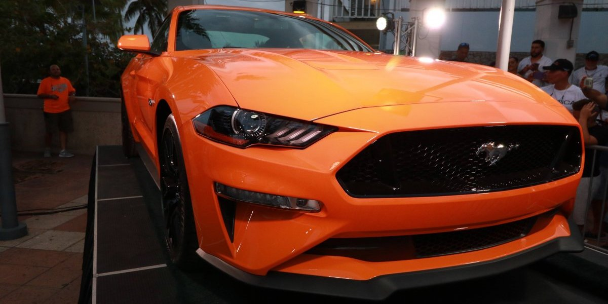 Ford presentó el Mustang 2018 en evento masivo en La Parguera