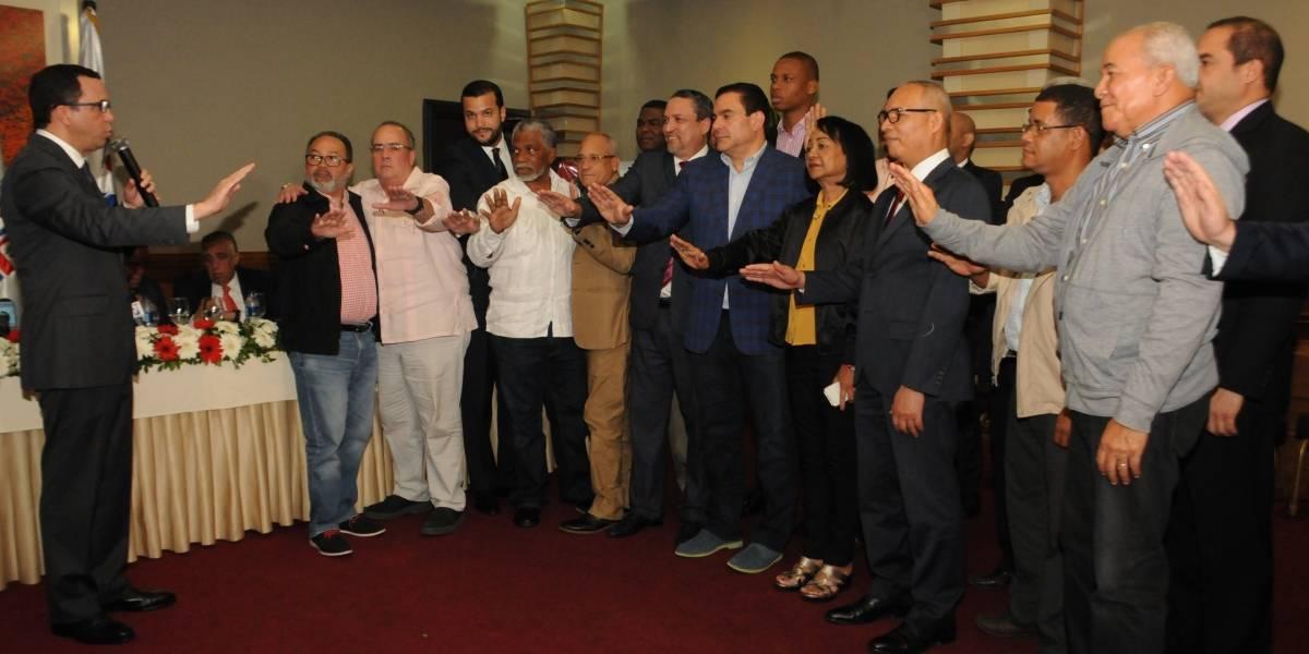 Navarro juramenta el Comité de Apoyo Monte Plata 2019