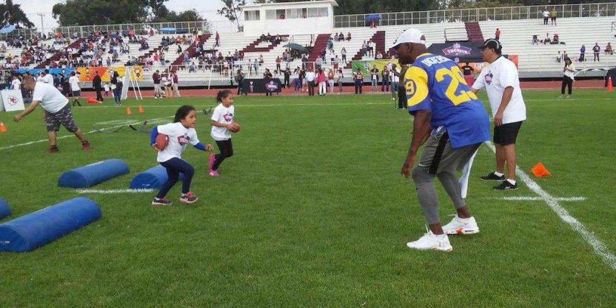 Baila jugador de la NFL al ritmo de Luis Miguel