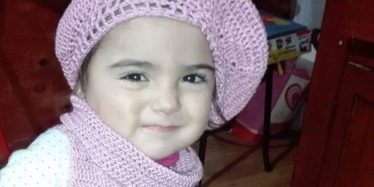 """El desgarrador cuestionamiento de la madre del bebé que murió esperando cama en el hospital: """"Queremos saber si en las clínicas privadas tampoco había cupos"""""""