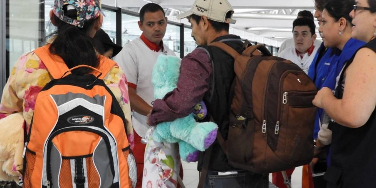 Dos pacientes recuperadas en Galveston, Texas, regresan al país
