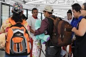 Menores vuelven al país tras recuperación en Galveston
