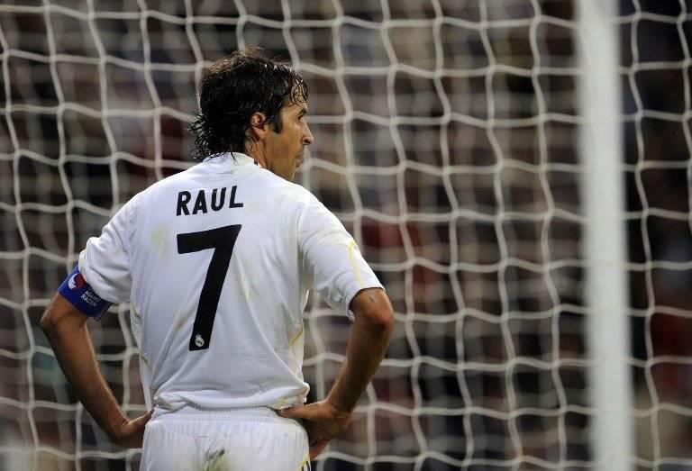 Raúl González uno de los jugadores legendarios en la historia del Madrid